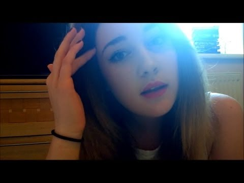 ☮ASMR BRUSHING&PLAYING WITH MY HAIR ABOUT ME WHISPER☮