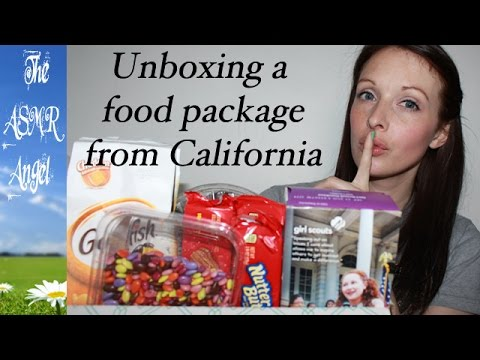 ASMR - Unboxing a food package from the USA - Whispered