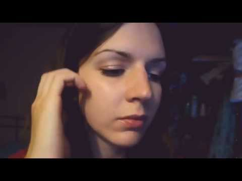 ASMR | Ear to ear | Book tapping / Page turning :)