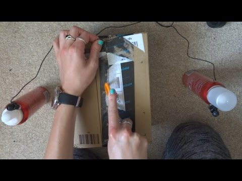 ASMR - Unboxing - Crinkling, Tapping, Tracing