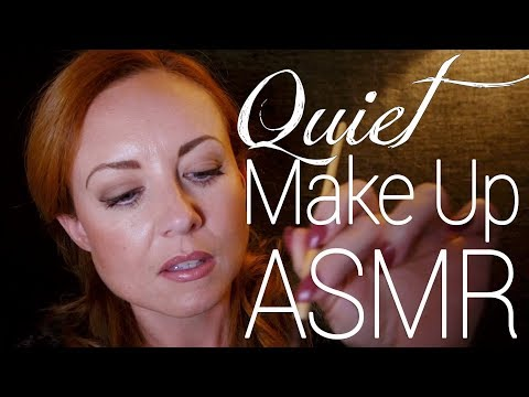 🌜Quietly Doing Your ASMR Make Up w/ Face Sounds 💤