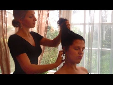 WOW, this sounds like your hair is being TOUCHED! Binaural ASMR hair brushing and scalp massage