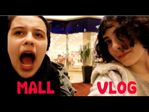 VLOG AT THE MALL! (POORLY EXECUTED PARODY)