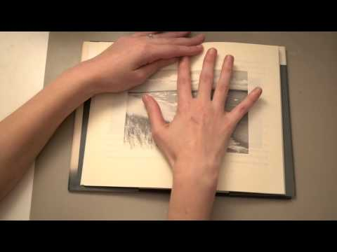 ★ASMR Page-Turning Book | Thick Pages | Whispering in Catalan