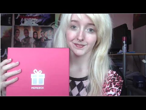 ASMR - Unboxing/Review: 'Memebox Global' - Water Sounds, Tapping - Soft Spoken